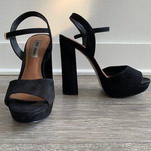 Steve Madden | Suede Platform Heel | Black | 8.5
